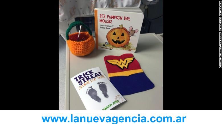 161027101434-05-nicu-babies-dressed-in-halloween-costumes-exlarge-169
