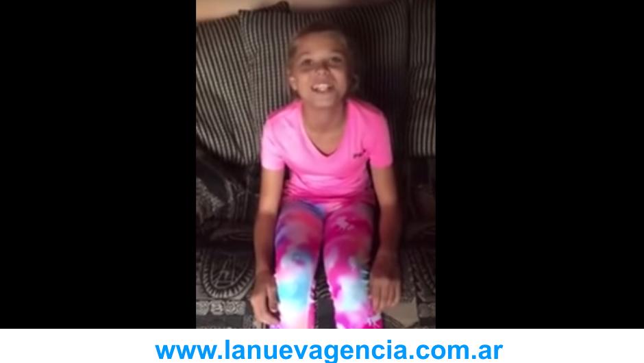 Adolescente transexual video momento hormonas terapia